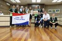 Câmara  entrega honraria à equipe de robótica que vai competir na Austrália