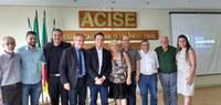 Reunião na Acise discute desafios da gestão municipal
