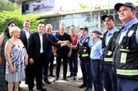 Vereadores participam de entrega de viatura à Secretaria de Segurança